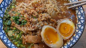 image mise en vanat article recette de ramen au poulet